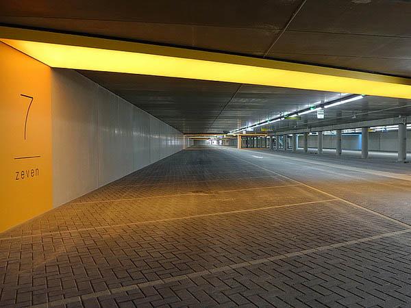 Parkeergarage boulevard (11 of 15)